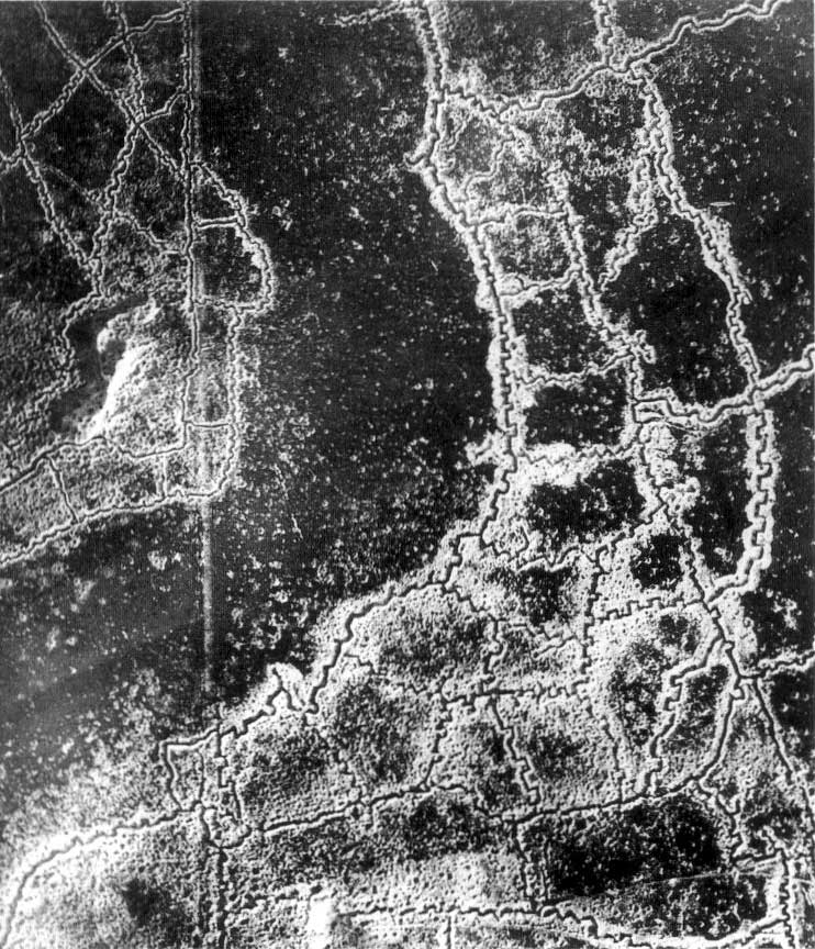 Trench system - aerial view Loos Hulluch